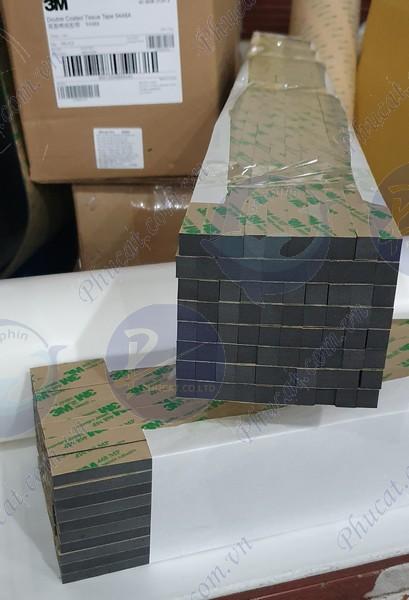 băng dính xốp 2 mặt dựng vách kính