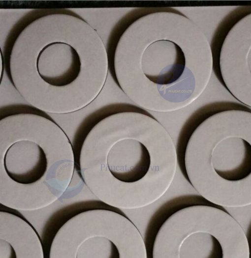 xốp 1mm bế tròn rỗng 2