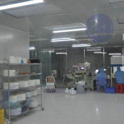 nhà xưởng phòng sạch băng dính y tế 2